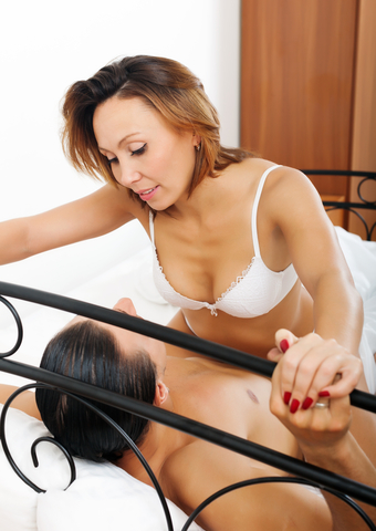 7 Reasons Some Young Men Cannot Resist a Mature Lady